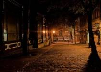Gecenin Derin Karanlığında