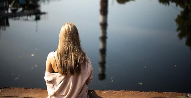 Yalnızlık Dostumdur