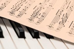 Klasik Müzik Dinleyenler, Klasik İnsanlar mıdır ?