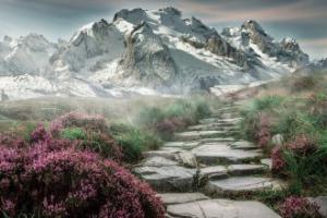 Yalnız Dağlar