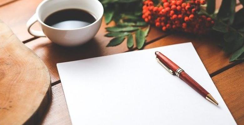 Susmak için şiir (konuşan kalem)
